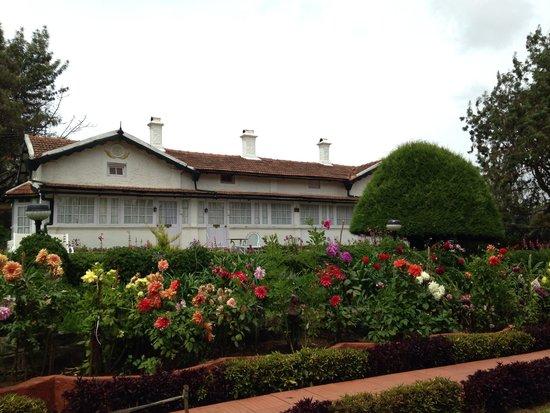 Taj Savoy Hotel, Ooty: Gardens at Taj Savoy!
