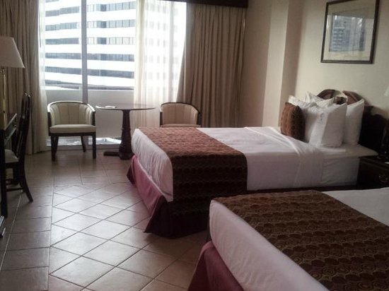Continental Hotel & Casino: Quarto duplo