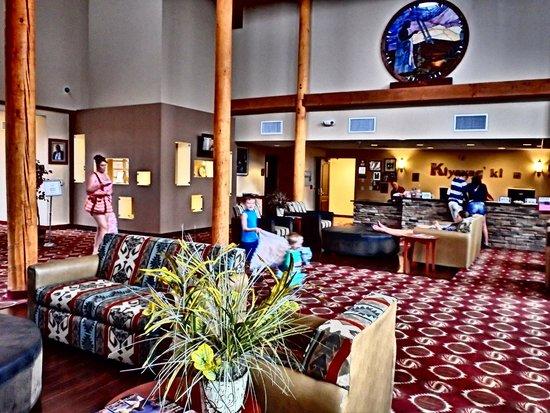 Moenkopi Legacy Inn & Suites: Main Lobby