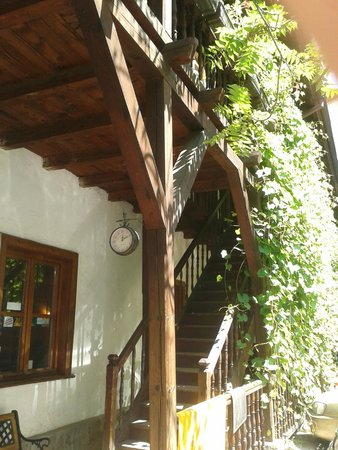 Hostel Mostel: Entrada