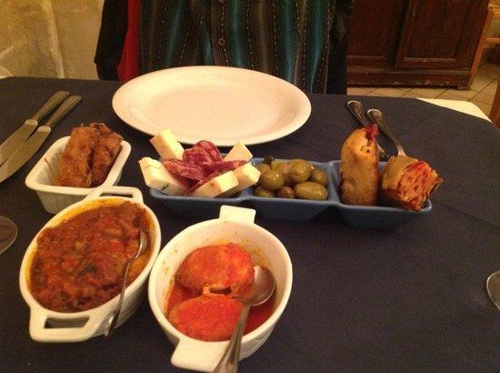 Quattro Gatti : Various appetizers