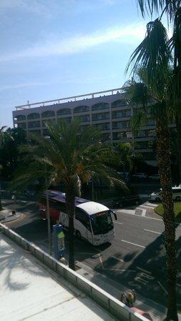 Apartaments CYE Salou: View