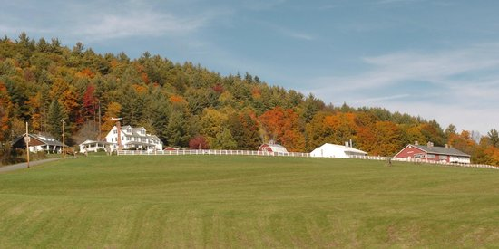 The Warfield House Inn: View of The Warfield House at Valley View Farm