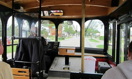Mackinaw Trolley- Day Tours: On the Trolley