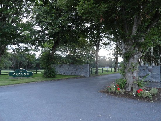 The Dunloe: gates at hotel entrance