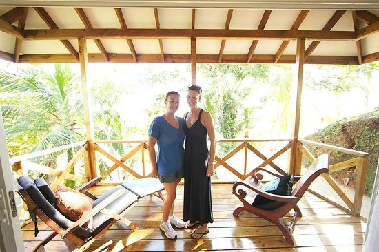 Popa Paradise Beach Resort: Janelle Allen & Kimberly Richmond