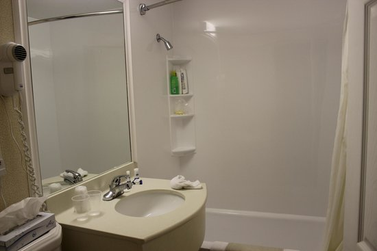 Ogunquit Resort Motel : Bathroom