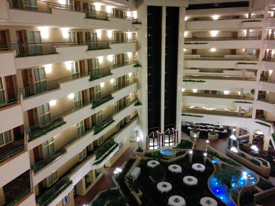 Embassy Suites by Hilton Greensboro - Airport: Internal view from 6th floor