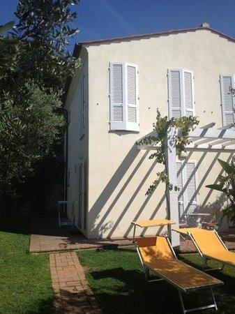 Hotel Santo Stefano : die kleinen Häuser mit Zimmern