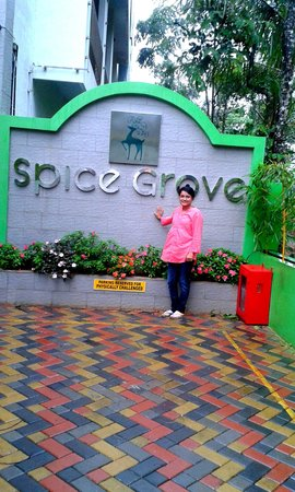 Spice Grove Hotels And Resorts: AT AMAZING SPICE GROVE.. :)