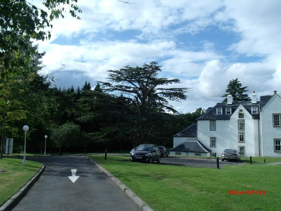 Moness Resort: Hotel and grounds