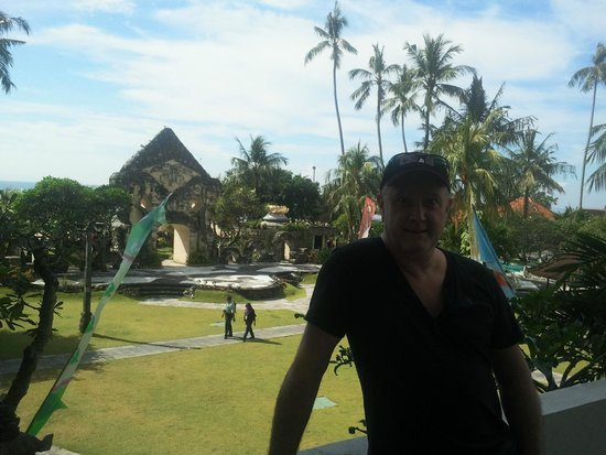 Inna Grand Bali Beach Hotel: Ancient architecture as seen from the rear entrance of main build near crazy golf area