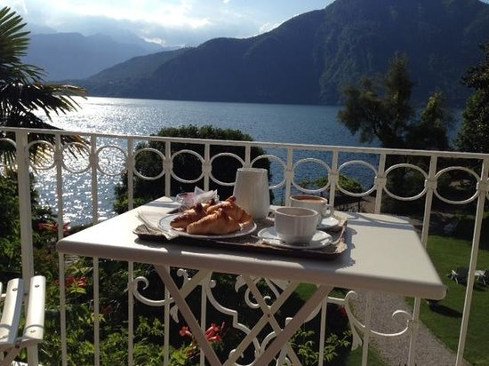 San Giorgio Hotel: Breakfast delivered to our room.
