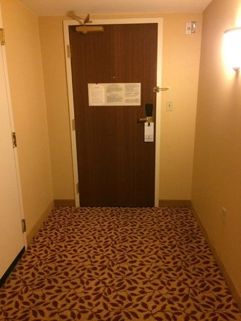 Bridgewater Marriott: Large entryway with option of connecting room