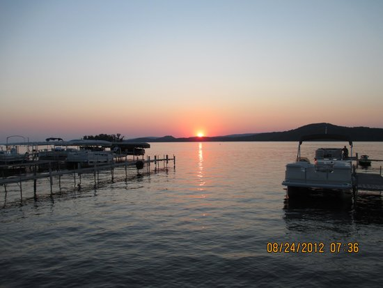 Lake Wisconsin Resort: Beautiful Sunsets