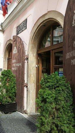 Hotel Pod Vezi : lovely building