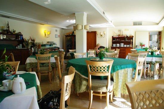 La Pergola Hotel: Restaurant