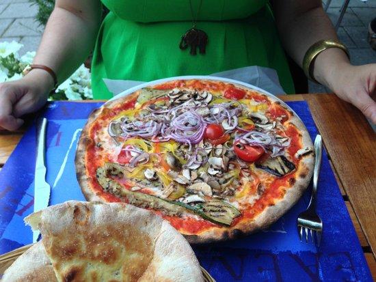 Ristorante Pizzeria Le 4 Stagioni: Vegetarian pizza