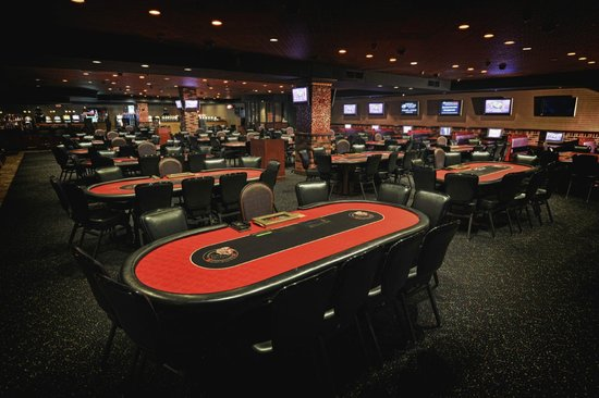 The big easy poker room picture of mardi gras casino for Table 52 parking