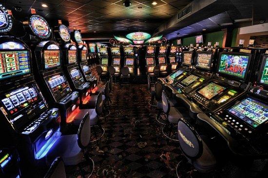 Mardi Grad Casino slot machines