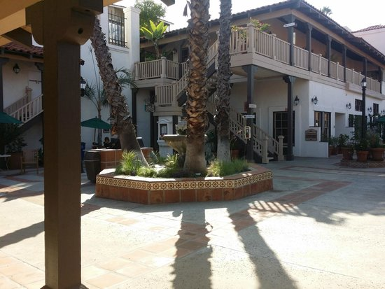 BEST WESTERN PLUS Hacienda Hotel Old Town : Courtyard