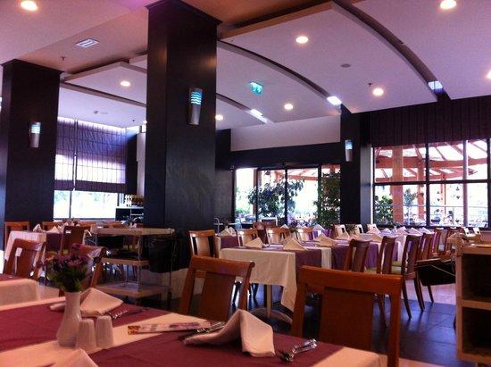 Limak Atlantis Deluxe Hotel & Resort : Restaurant