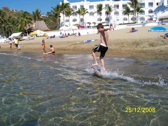 Tesoro Manzanillo: nice beach
