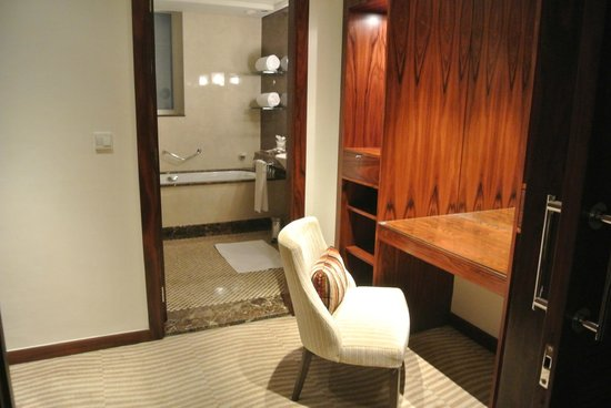 Grosvenor House Dubai: Area to get ready.