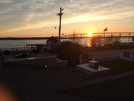 Stoney's Solomon's Pier: View from the upstairs