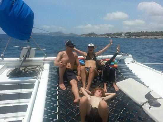 Cabo Mar Fiesta Dinner Cruise : Family fun o the Pez Gato snorkel trip!
