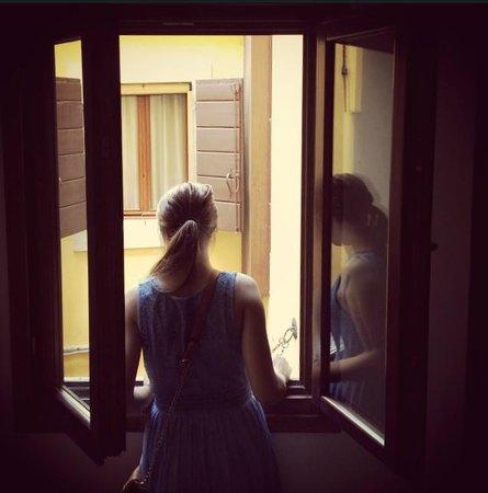Residenza de l'Osmarin : Out the window.