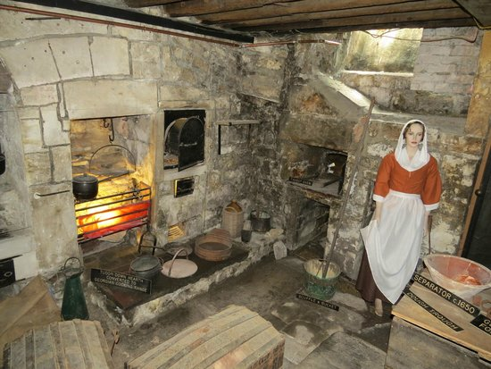 Sally Lunn's Museum : Sally's Kitchen