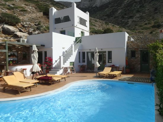 Margado Accommodations : Cote piscine