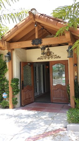 Old Ranch Inn: the entrance