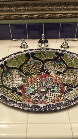Old Ranch Inn: the gorgeous sink