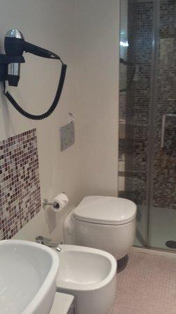 Hotel Annunziata: Baño
