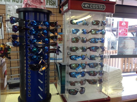 Queen Isabella State Fishing Pier: Eye wear