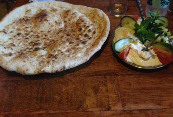 Patogh Restaurant: Mixed Starters and Bread