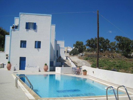 Hotel Kalisperis : Piscina