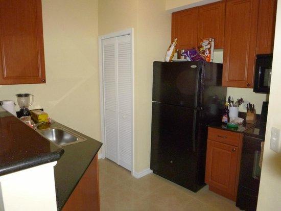The Point Orlando Resort: Nice kitchen