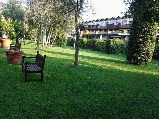 Iseo Lago Hotel: giardino