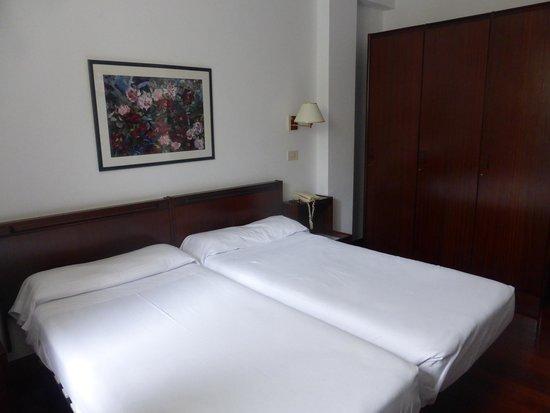 Hotel Zarauz: Habitación