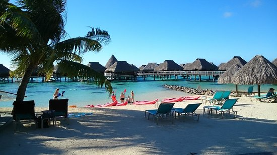 Hilton Moorea Lagoon Resort & Spa: beach