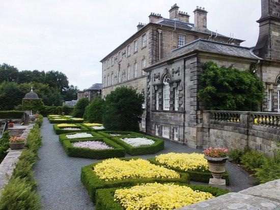 Pollok House: Garden