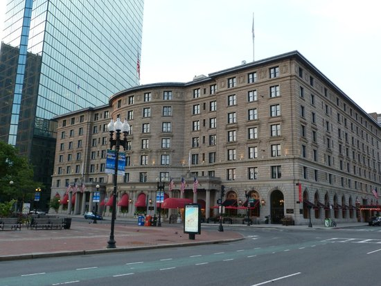 Fairmont Copley Plaza, Boston: The front facade