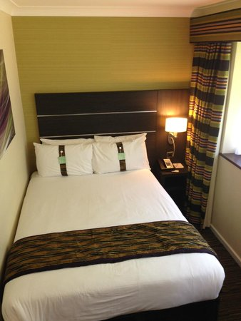 Holiday Inn London Gatwick Worth: Double bed