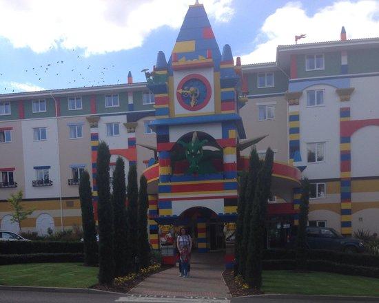 LEGOLAND Resort Hotel: Outside hotel