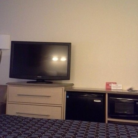 Red Roof Inn Greensboro Coliseum : Superior King Room