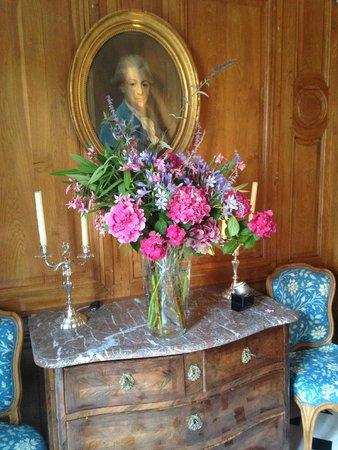 Manoir de Beauregard: Foyer Area