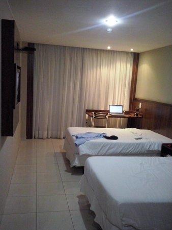 Esplanada Brasilia Hotel: Quarto